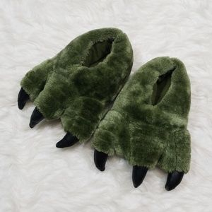 Other - Dinosaur kids slippers